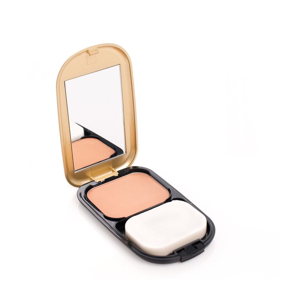 Max Factor Facefinity Compact Foundation 10 g – Bronze 07