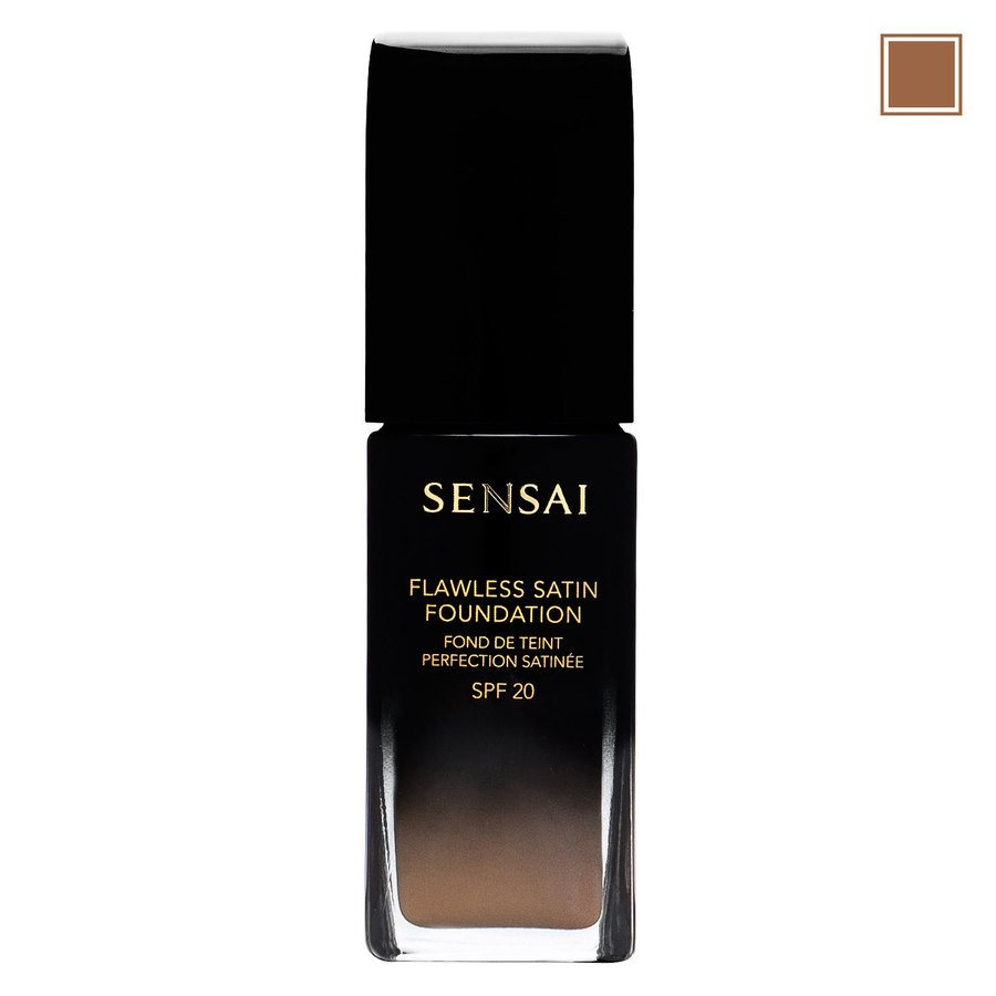 Sensai Flawless Satin Foundation FS204.5 Warm Beige 30ml