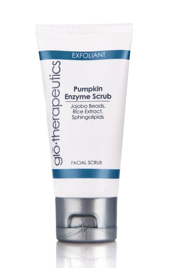 glo therapeutics Pumpkin Enzyme Scrub -kuorinta-aine 50 ml